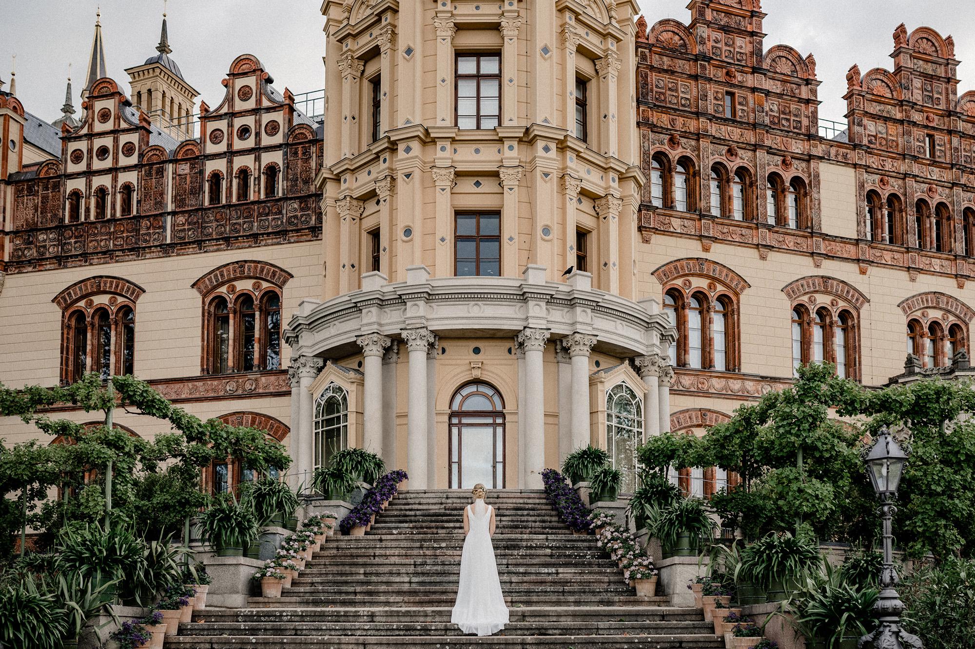 Virginia Pech Fotografie Hochzeit Hochzeitsfotografie Schwerin Schweriner Schloss See Braut 70
