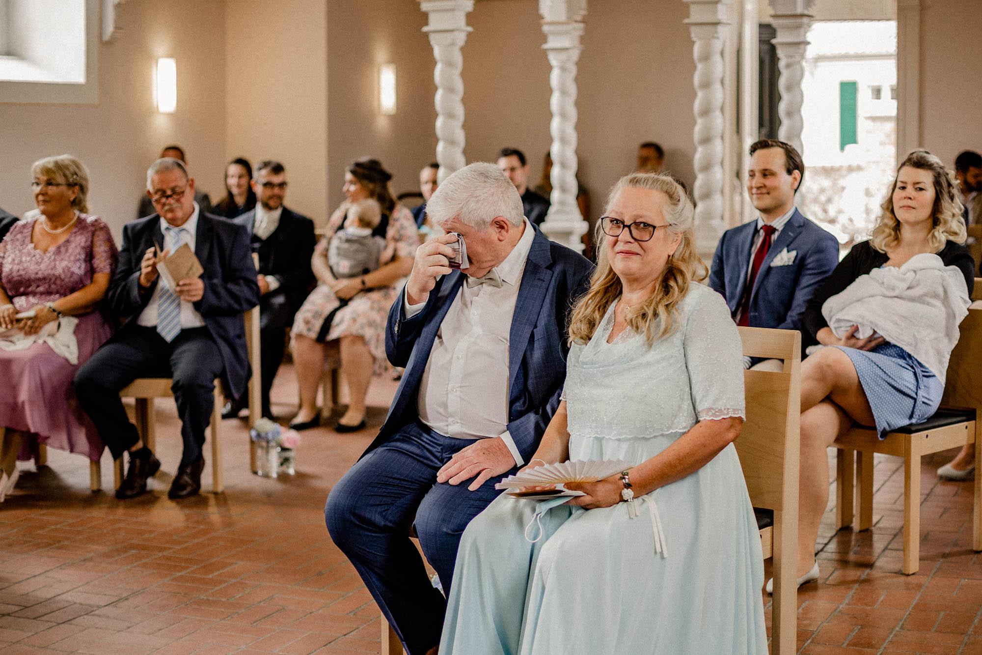 Virginia-Pech-Fotografie-Hochzeitsfotograf-Hochzeitsfotografie-Kulturscheune-Rangsdorf-Berlin-Anika-Nico-20