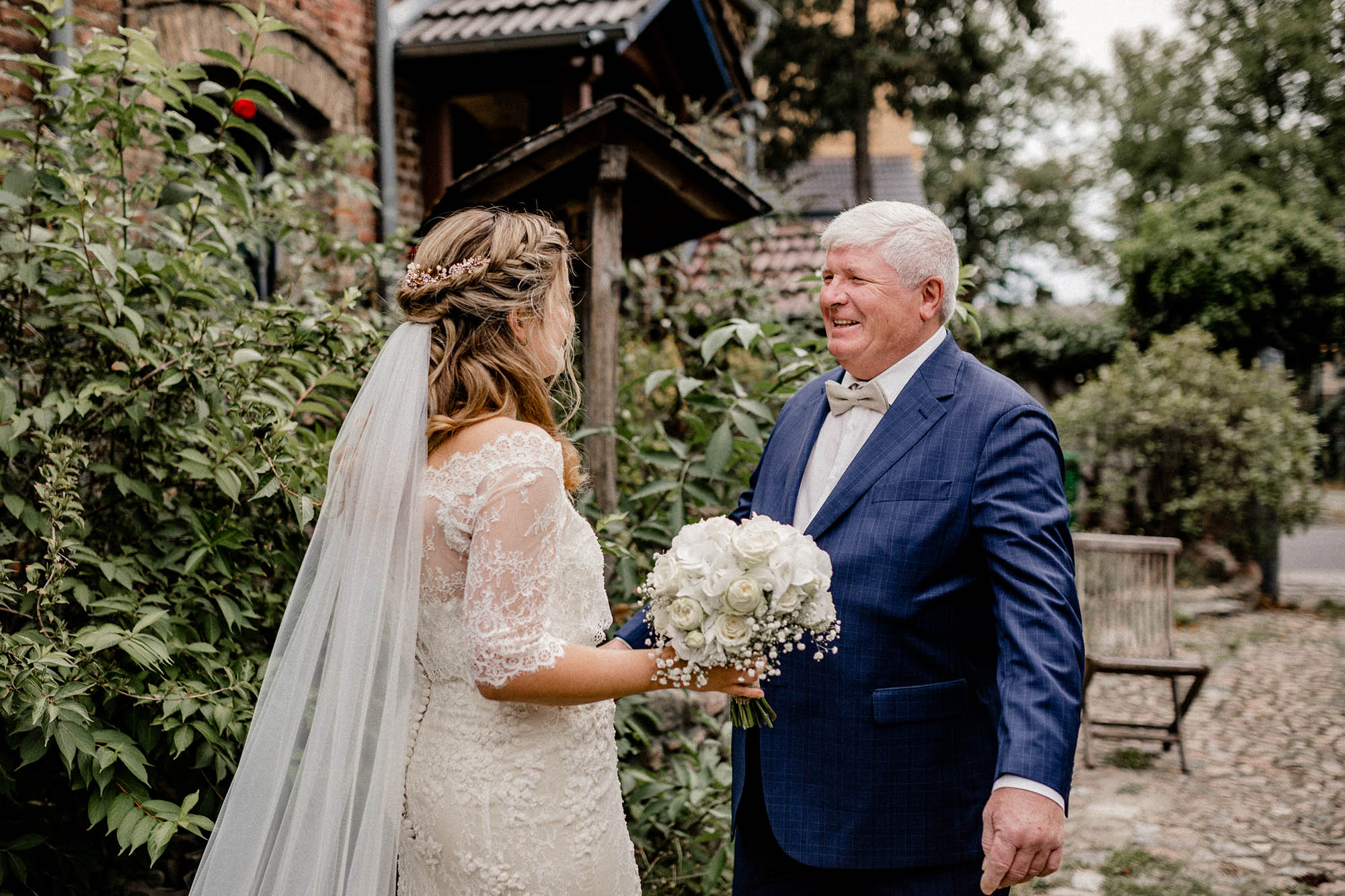 Virginia-Pech-Fotografie-Hochzeitsfotograf-Hochzeitsfotografie-Kulturscheune-Rangsdorf-Berlin-Anika-Nico-24