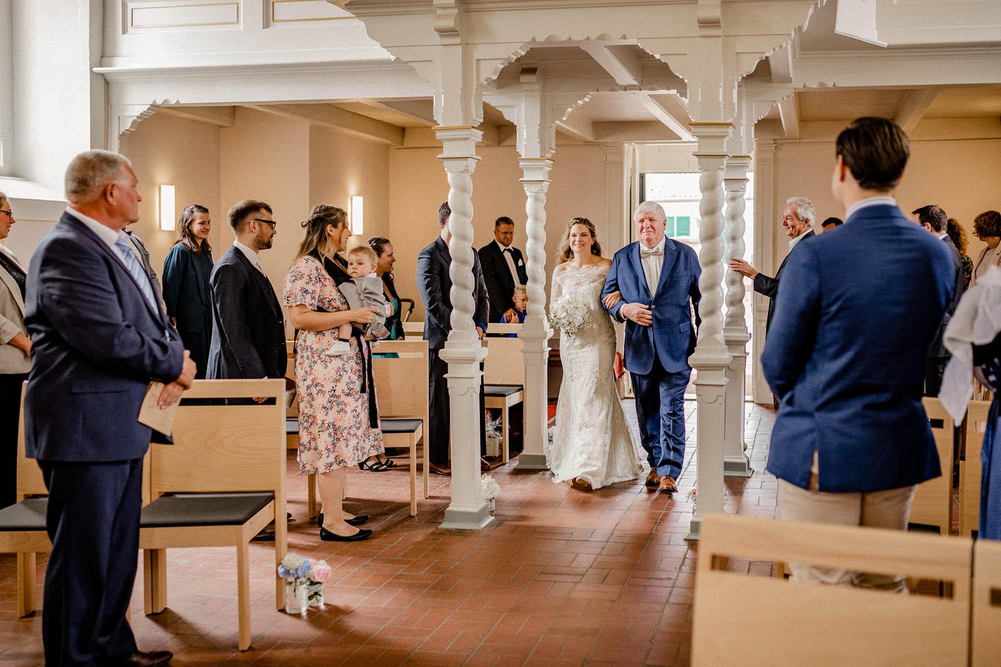 Virginia-Pech-Fotografie-Hochzeitsfotograf-Hochzeitsfotografie-Kulturscheune-Rangsdorf-Berlin-Anika-Nico-32