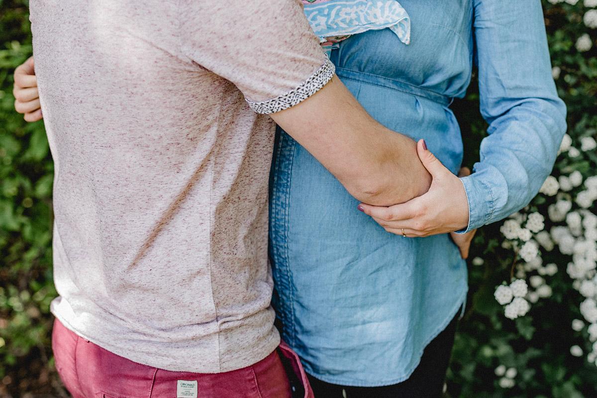 Virginia Pech Fotografie Paarshooting Schwangerschaft Schwangerschaftsshooting Baby Familienshooting Berlin Pankow H & S 10