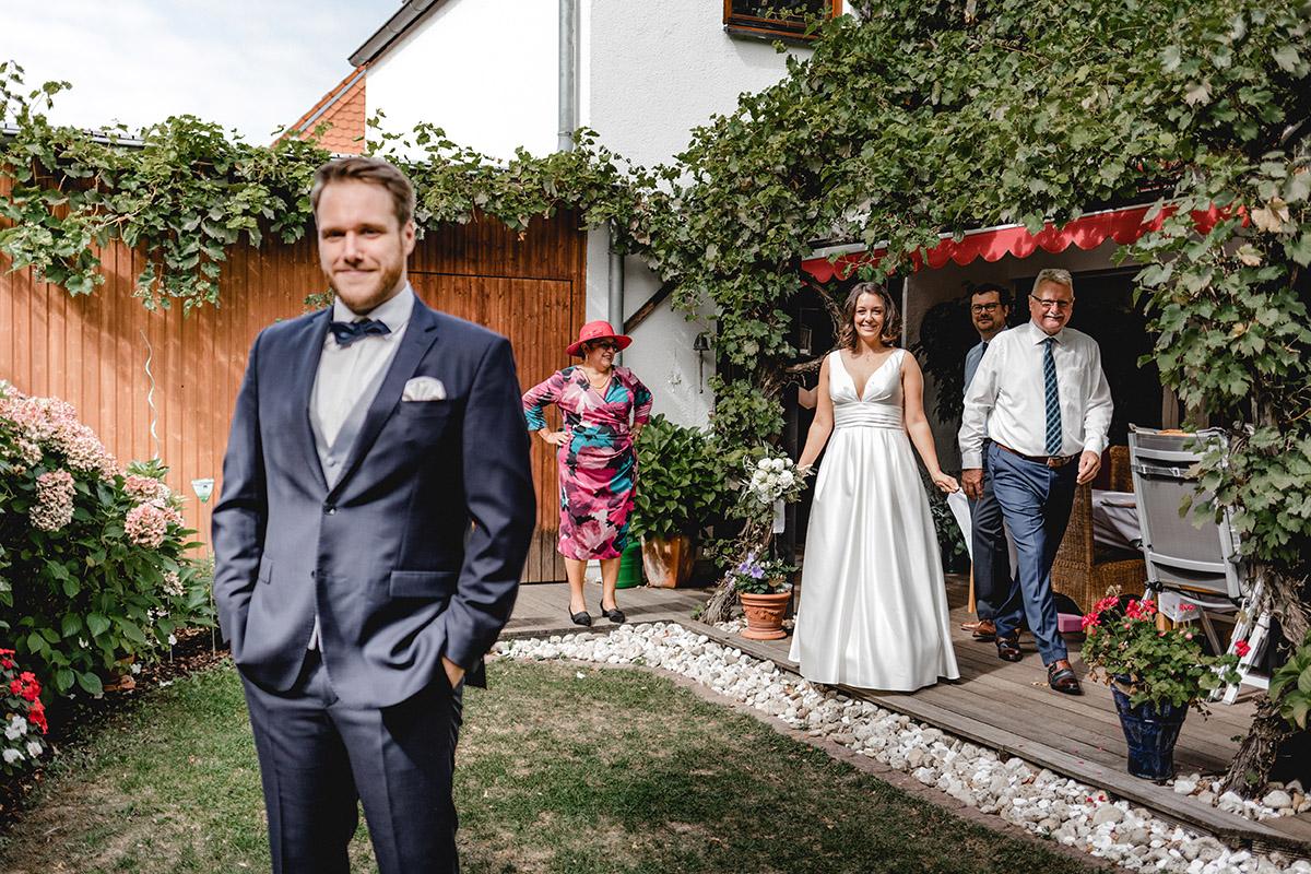 Virginia Pech Hochzeitsfotografie Weinberge Weingut Junghof Undenheim M & C 23