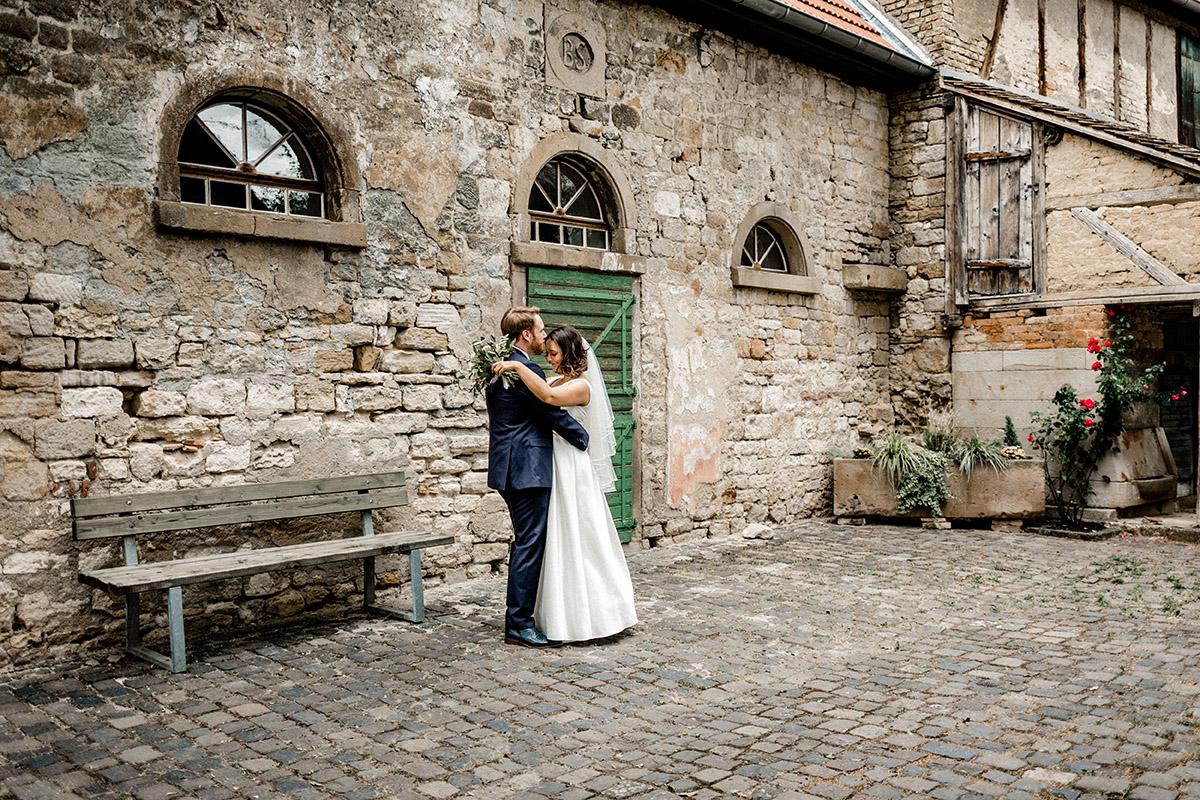 Virginia Pech Hochzeitsfotografie Weinberge Weingut Junghof Undenheim M & C 46
